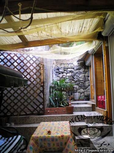 Снять домик в Ялте