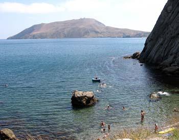 Каменный пляж в Орджоникидзе